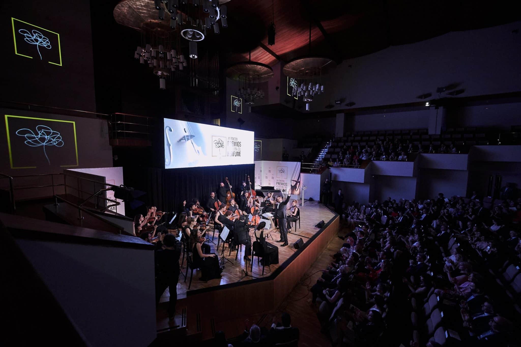 Los Premios Academia del Perfume en Flash Moda